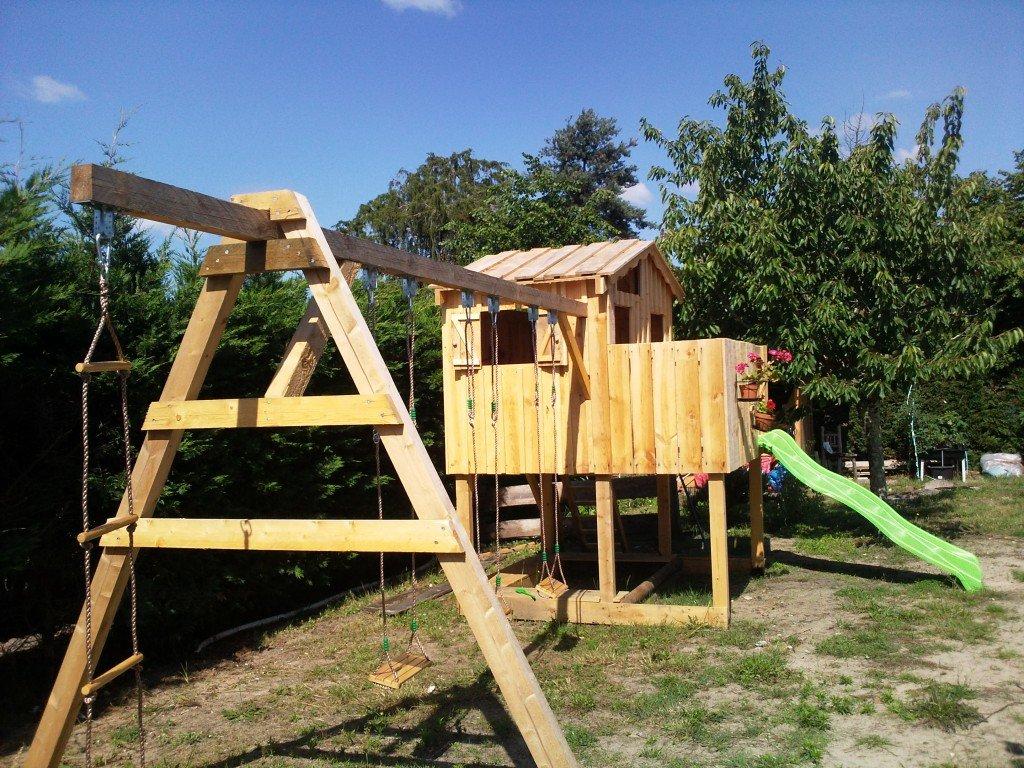cabane pour enfant cttbois. Black Bedroom Furniture Sets. Home Design Ideas